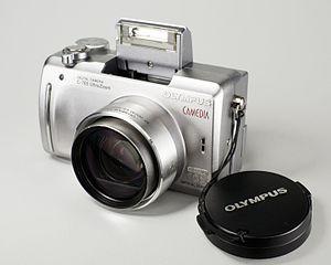Olympus C-765 Ultra Zoom - Image: Olympus C 765 UZ front