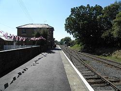Ongar station look west1.JPG