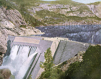 O'Shaughnessy Dam (California) - The dam as initially completed in May 1923