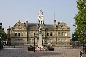 Ossett - Image: Ossett Town Hall 23052012