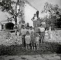 Otroci iz Grobelj 1952.jpg