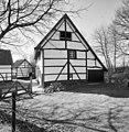 Overzicht woonhuis, rechter zijgevel en zicht op de schuren - Cottessen - 20329925 - RCE.jpg