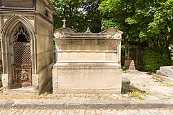 Tomb of Gruyer, Hautefeuille and Le Duc