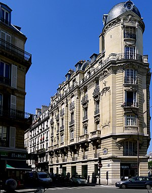 P1260021 Paris VIII rue Treilhard rwk.jpg