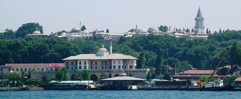 File:Pałac Topkapi ze Złotego Rogu RB1.jpg
