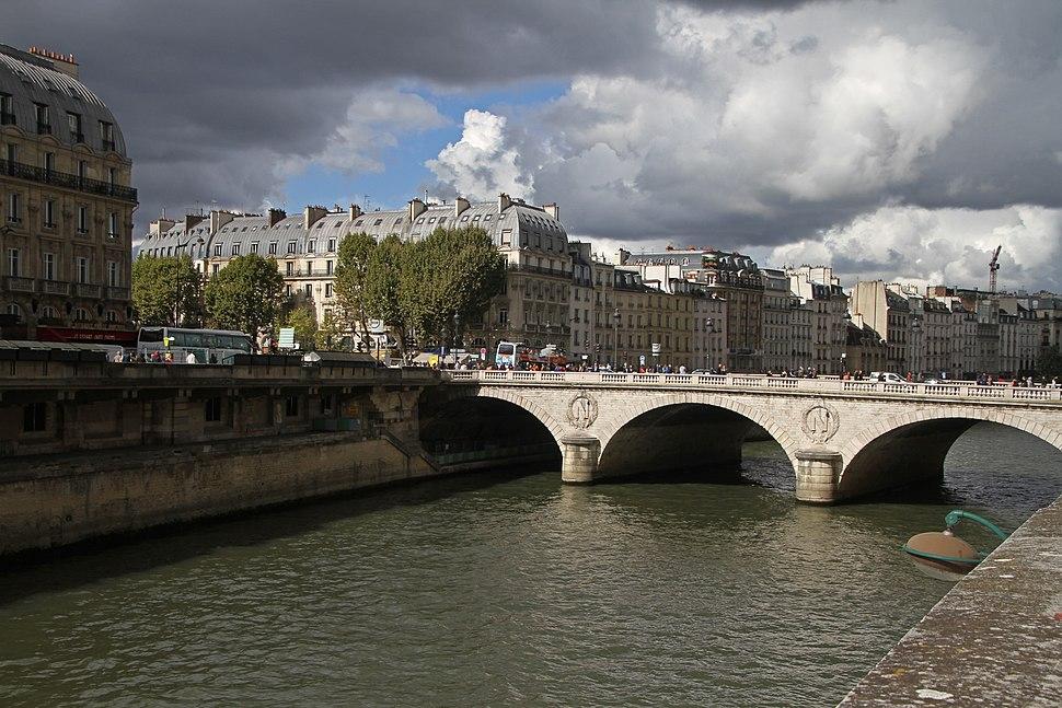 Paris-Seine-114-Pont Saint-Michel-2017-gje