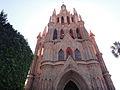 Parroquia de san miguel arcangel parque 5.JPG