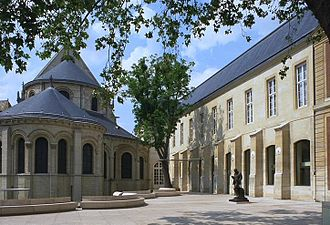 Musée des Arts et Métiers - Image: Parvis musee des arts et metiers