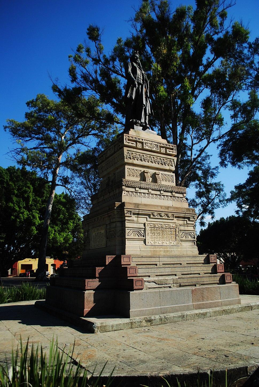 """Paseo Juárez """"El Llano"""" 04"""