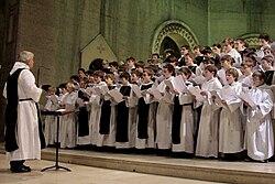 Petits chanteurs de Sainte-Croix de Neuilly (1).jpg