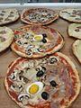 Pizza capricciosa 01.jpg