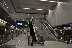 Platform level of Pasir Panjang MRT Station, Singapore - 20111002.jpg