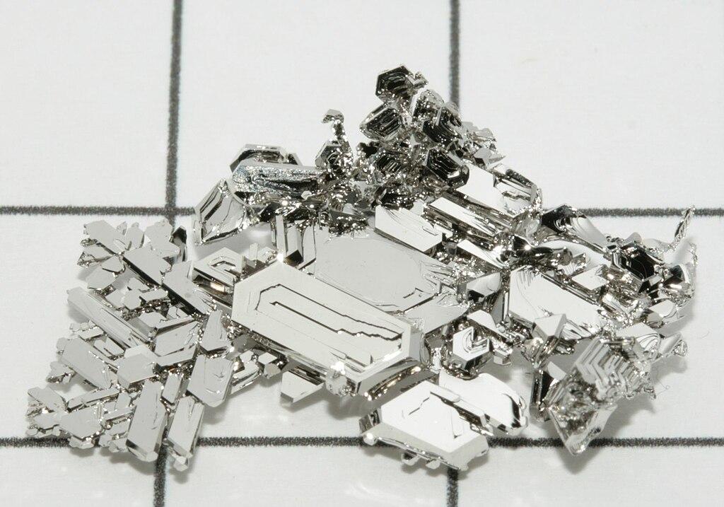Ciência (Temas científicos e tecnológicos em geral) 1024px-Platinum_crystals