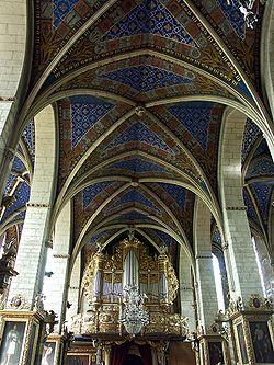 Organy i sklepienie krzyżowo - żebrowe w katedrze