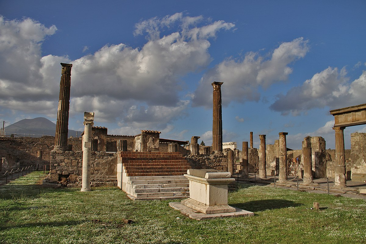 Temple of Apollo (Pompeii) - Wikipedia