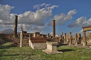 Temple of Apollo (Pompeii) - The Temple of Apollo in Pompeii.  Mount Vesuvius is to the far left.