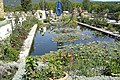 Pond at Chateau de Lourmarin - panoramio.jpg
