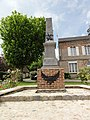 Pouilly-sur-Serre (Aisne) monument aux morts.JPG