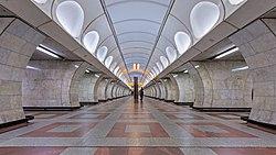 Prague 07-2016 Metro img5 LineB Andel.jpg
