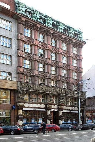 Otto Gutfreund - Josef Gočár's Legiobank Building, Prague (1922–23). Relief on facade by Gutfreund.