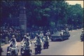 Presidential motorcade in India - NARA - 194295.tif