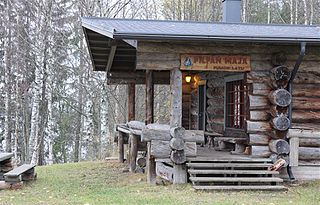 File:Puijon Ladun Pilpan maja - Kolmisoppi - Kuopio - m.jpg - Wikimedia Commons