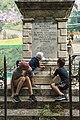 Pulizia del monumento ai caduti di Borbona.jpg