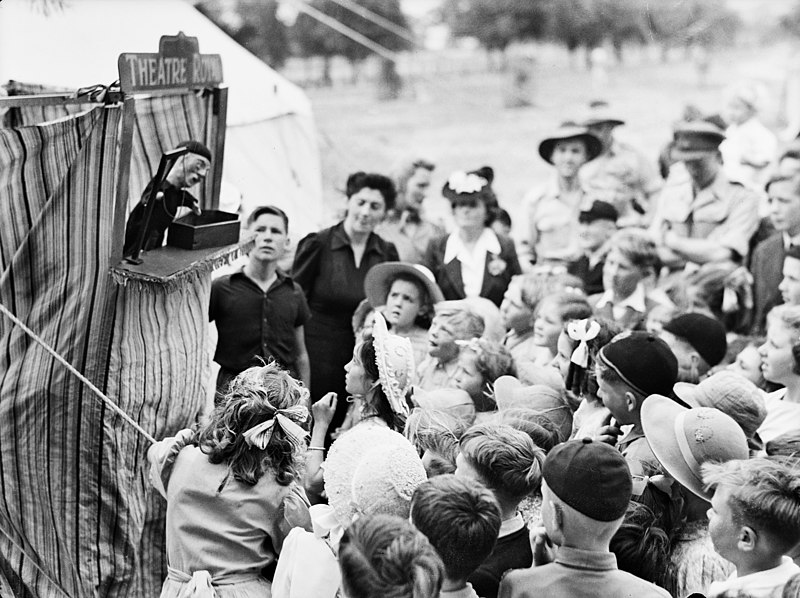 File:Punch and Judy show, 1944 (3703755012).jpg