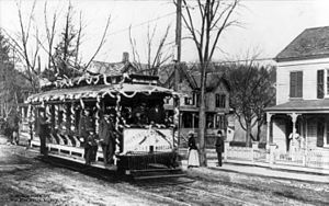 Peekskill Lighting and Railroad Company - An affiliate of the Peekskill Lighting and Railroad Company en route to Lake Mohegan in 1907.