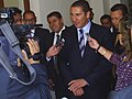 Rafael Moreno Valle entrevistado por medios de comunicación en 2011.jpg