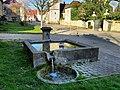Rainans, la fontaine rue de l'église.jpg