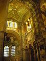 Ravenna Basilica di San Vitale - mosaici.JPG