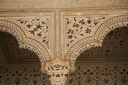 RedFortAgra-Diwan-i-Am-20080211-6