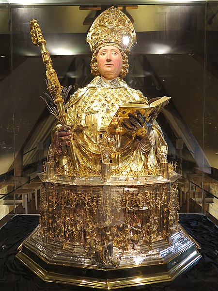 File:Reliquary of Saint Lambertus.jpg