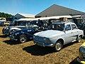 Renault Dauphine & Morgan 4-4 (39730454791).jpg