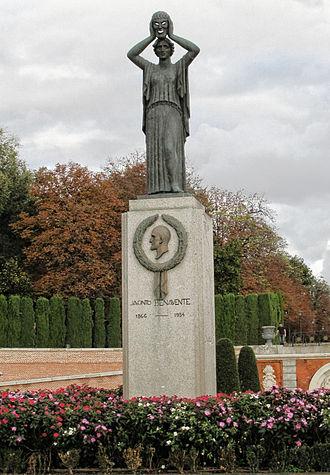 Jacinto Benavente - Jacinto Benavente Monument inside Retiro Park in Madrid,Spain