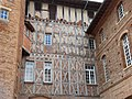 Rieux-Volvestre maison Laguens colombages.jpg