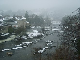 River Dee, Wales - River Dee in snow at Llangollen (February 2007)