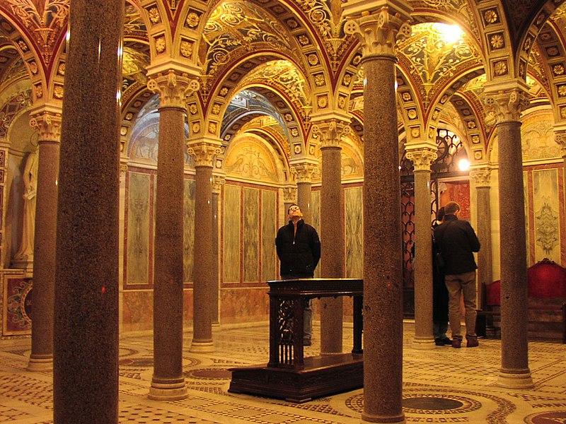 File:Roma-santa cecilia-cripta.jpg