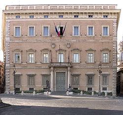 Eyalet koltuğu Roma'daki Palazzo Valentini.