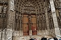 Rouen - Rue du Change - View on South Façade of la Cathédrale Notre-Dame de Rouen II.jpg