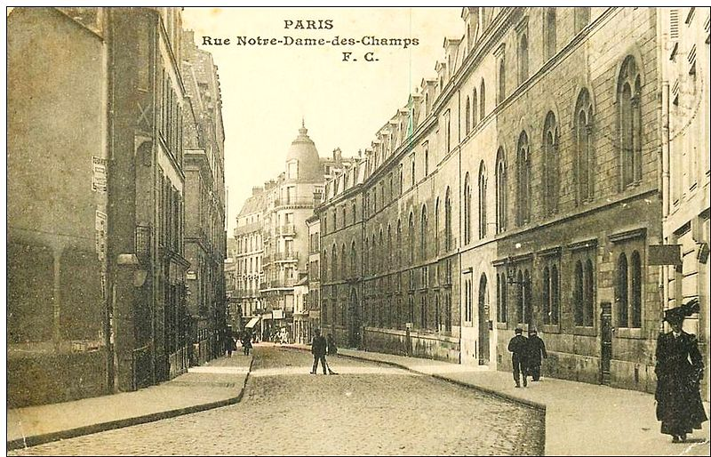 Fichier:Rue NDDC vers la rue Vavin.jpg