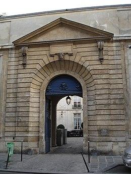 Hôtel d\'Ecquevilly — Wikipédia