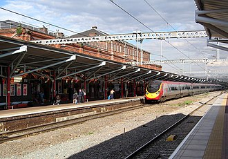 Rugby railway station - A Virgin Trains Pendolino calls at Rugby.