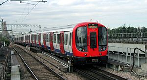 Hammersmith & City line - Image: S7 Stock leaving West Ham, July 2013