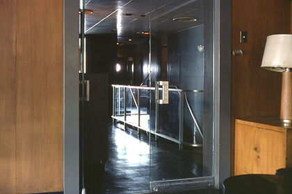 SS Stevens promenade aft P03 aft lounge with door stairs down.jpg