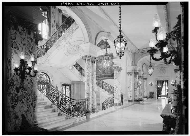 File:STAIRCASE AND HALL, LOOKING SOUTHEAST - The Elms, Bellevue Avenue, Newport, Newport County, RI HABS RI,3-NEWP,60-19.tif