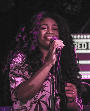 SZA (singer) - SZA performing in Toronto, in 2013