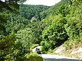 Safari jeep- boven en waterval - panoramio.jpg
