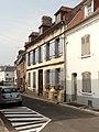 Saint-Valery-sur-Somme (80), rue de Ponthieu, vue vers le sud-ouest.jpg